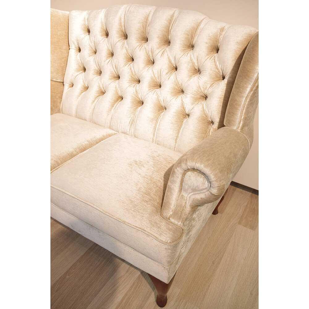 Julietta- pikowana sofa w stylu glamour, klasycznym, jasna