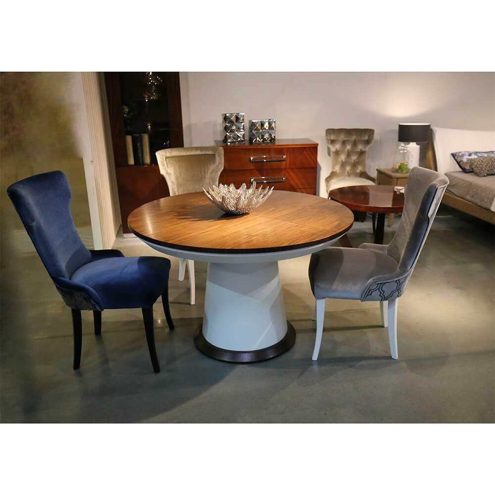 stół okrągły na jednej podstawie stożkowej