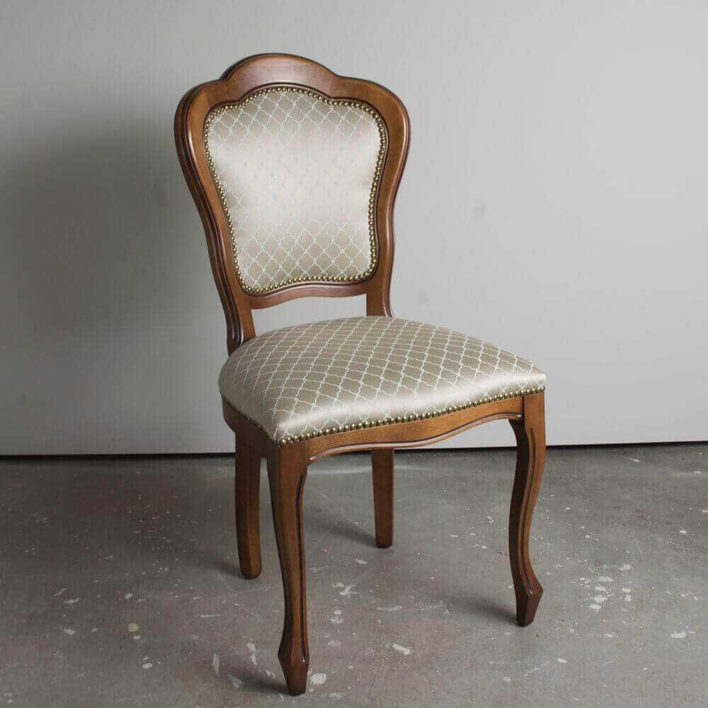 klasyczne krzesło CLOUD do jadalni