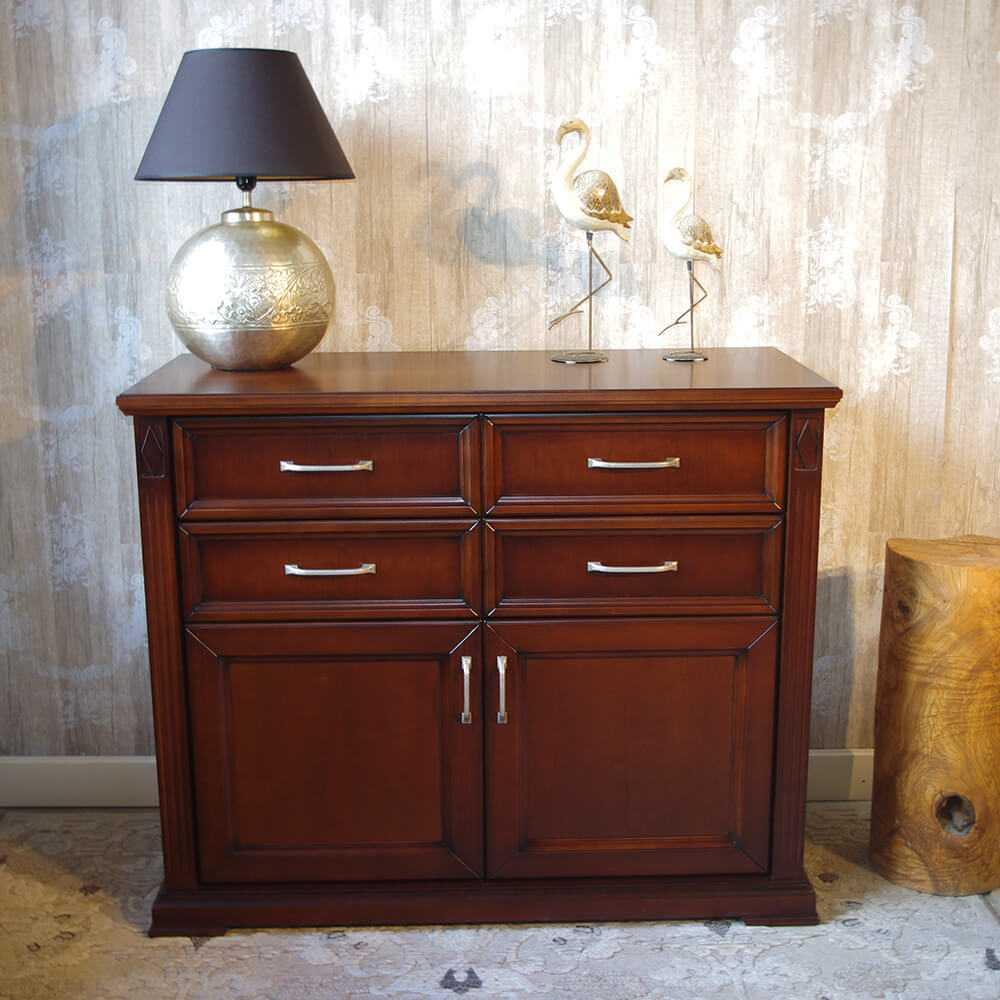 Klasyczna, drewniana komoda Rubin z szufladami, drzwiczkami do salonu, jadalni, pokoju, na lampe, książki, z lustrem meble na wymiar dobrodzien, gliwice, katowice,